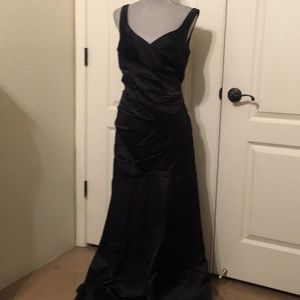 Black Evening Gown David's Bridal Size 14